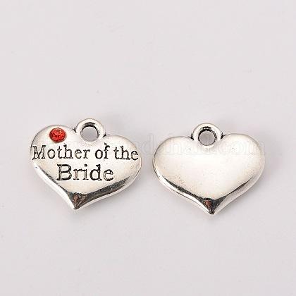Tema de la boda tono plata antigua de estilo tibetano corazón de la aleación con la madre de los charms de la novia del rhinestoneX-TIBEP-N005-18C-1