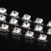 Cadena de la taza del rhinestone de latón, cadenas de strass, Grado A, cristal, color plateado, 3.5mm, aproximamente 8.8 m / paquete, con 1440 pcs rhinestone